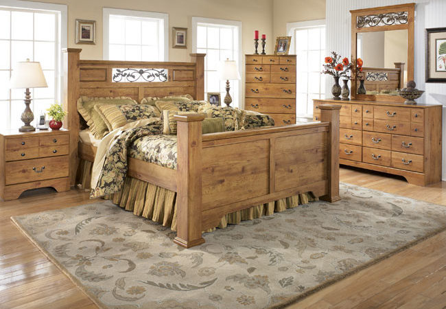country-style-bedrooms-decorating-ideas_87491-650x450